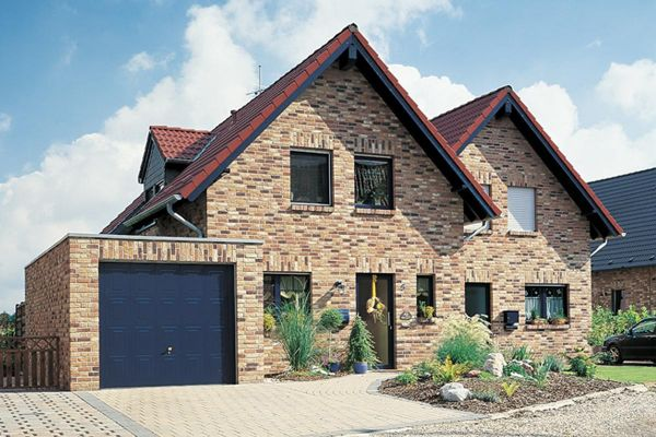 Einfamilienhaus H1 mit Klinker 103-107-WDF rot-bunt