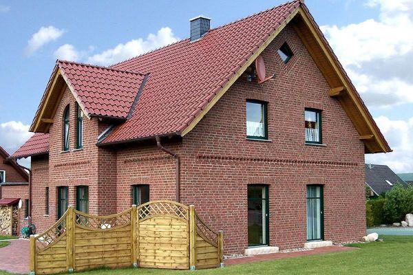 Einfamilienhaus  H3 mit Klinker 104-103-NF rot-bunt