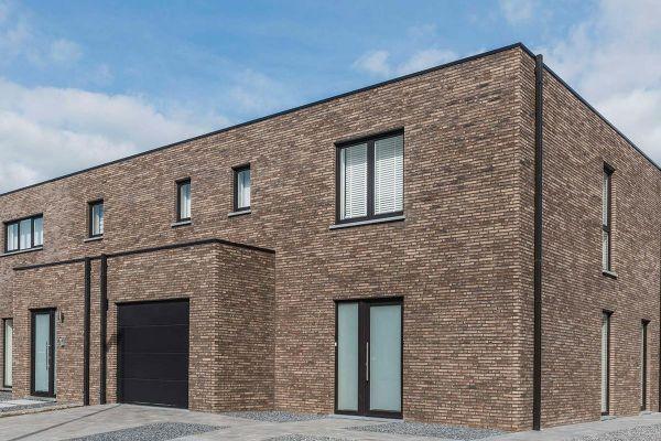 Bürogebäude H3 mit Klinker 103-112-WDF grau-bunt