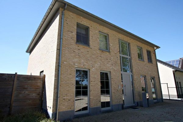 Stadtvilla H3 mit Klinker 103-165-WDF bronze, weiß nuanciert