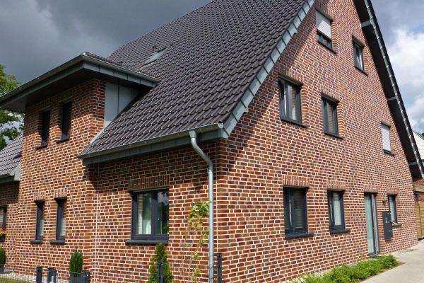 Einfamilienhaus H2 mit Klinker 101-117-NF rot - bunt