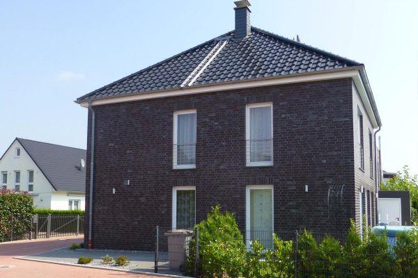 Stadtvilla H1 mit Klinker 101-128-NF rot -blau -bunt