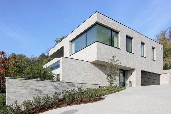 Bauhaus H2 mit Klinker 121-110-ModF grau - weiß nuanciert