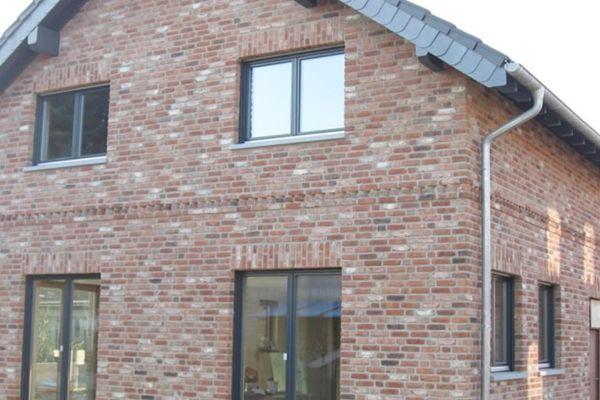 Einfamilienhaus H1 mit Klinker 103-197-NF rot - braun - bunt