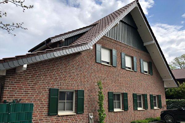 Einfamilienhaus / Landhaus H7 mit Klinker 104-105-NF rot-bunt