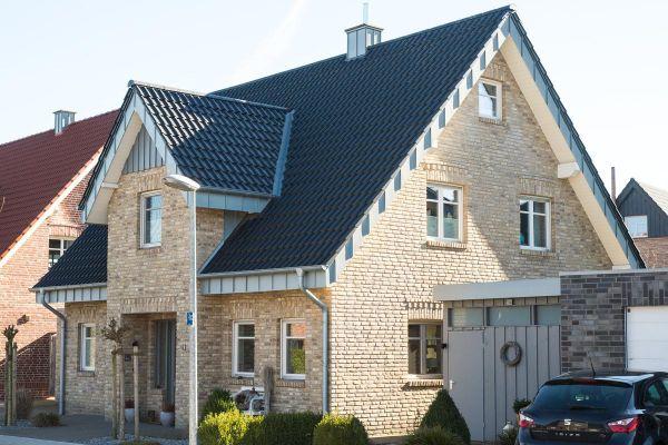 Einfamilienhaus H1 mit Klinker 103-122-WDF gelb-bunt