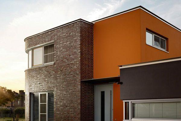 Bürogebäude H1 mit Klinker 101-111-NF rot -blau - Kohle