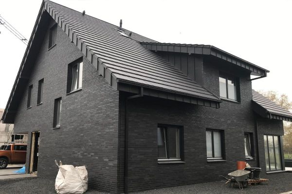 Einfamilienhaus H1 mit Klinker 102-126-ModF anthrazit - grau nuanciert