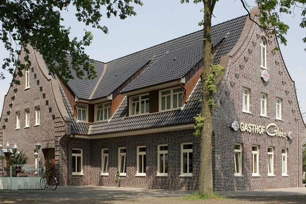 Einfamilienhaus H3 mit Klinker 102-113-NF rot-grau