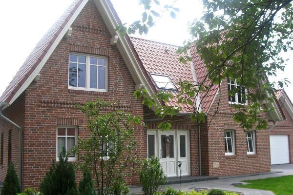 Einfamilienhaus H4 mit Klinker 101-124-NF rot - Kohle