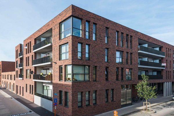 Bürogebäude H1 mit Klinker 103-101-WDF rot-bunt